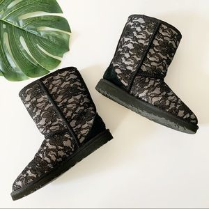 Uggs black lace short bootie size 5.5 M